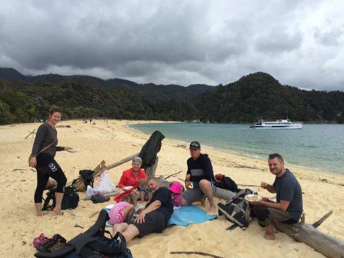 Nyheder-Kernekommunikator-strand-Abel Tasman